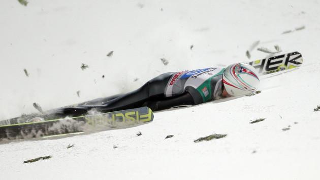 Simon Ammann: Die Diagnose! Aufprall mit 130 km/h (Bild: APA/GEORG HOCHMUTH)