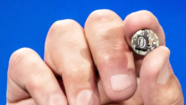 """Curie"": Intel zeigt knopfgroßen Mini-Computer (Bild: Intel)"