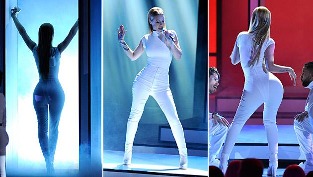 "Iggy Azalea heizte bei den People""s Choice Awards ein. (Bild: Chris Pizzello/Invision/AP, AFP)"