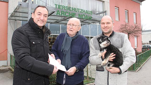 Stadtrat Mario Eustacchio, Arche-Zampano Herbert Oster und Grazer Amtstierarzt Klaus Hejny (v. l.) (Bild: Christian Jauschowetz)