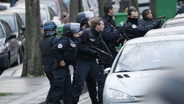 Die Pariser Polizei hat offensichtlich neue Anschläge in der Stadt verhindert. (Bild: AFP)