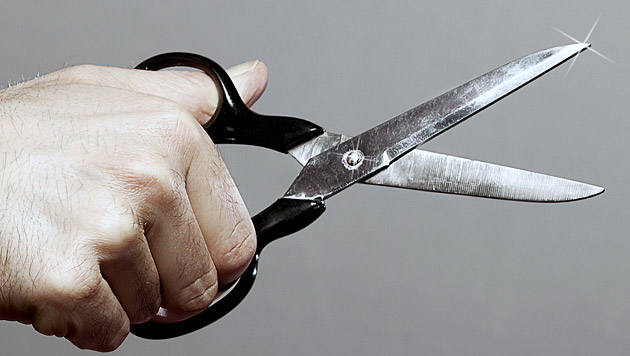 """Mann attackiert Passanten auf """"Mahü"""" mit Schere (Bild: thinkstockphotos.de)"""