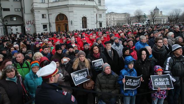 12.000 Menschen gedachten in Wien der Terror-Opfer (Bild: Peter Tomschi)