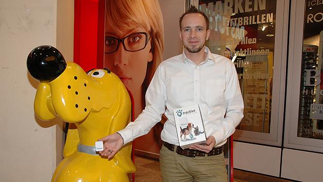 Michael Hurnaus entwickelte mit Fachhochschulkollegen den Haustier-GPS-Tracker. (Bild: Johann Haginger)