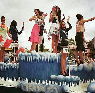 Mittendrin, statt nur dabei beim Karneval (Bild: Julia Furdea)