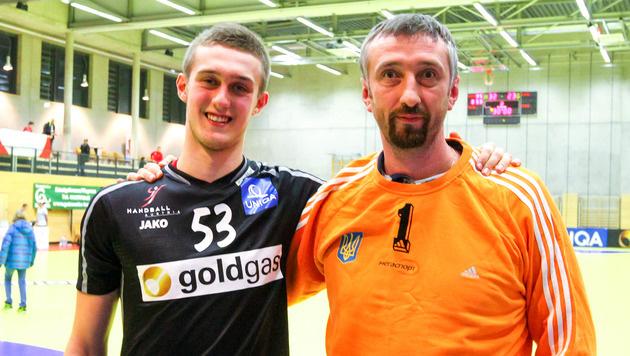 Nikola Bilyk und Vater Sergij (Bild: EXPA/Puchner)