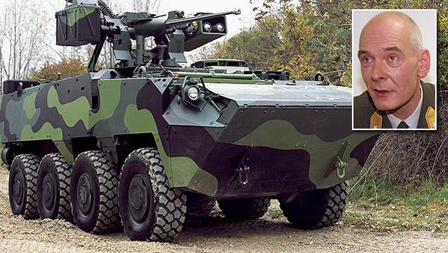 """""""Österreich braucht jetzt keine neuen Panzer"""" (Bild: APA/Steyr-Daimler-Puch Spezialfahrzeug GmbH/Martin Jöchl)"""
