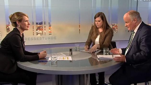 """Kathrin Nachbaur bei der """"Pressestunde"""" mit """"Krone""""-Chefredakteur Georg Wailand und Julia Ortner (Bild: tvthek.orf.at)"""