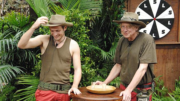 Jörn und Walter bei der Dschungelprüfung (Bild: RTL/Stefan Menne)