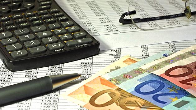 Finanzbeamte lassen Pensionistin zappeln (Bild: thinkstockphotos.de)