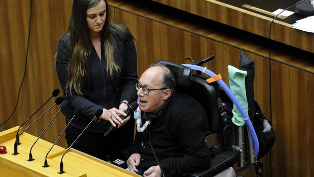 ÖVP-Behindertensprecher Franz-Joseph Huainigg (Bild: APA/HERBERT PFARRHOFER)