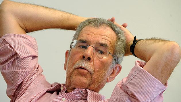 Hat Van der Bellen nun das Amt des Bundespräsidenten im Visier? (Bild: APA/Herbert Pfarrhofer)
