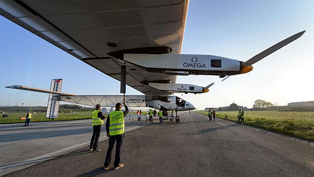 """Der Ökoflieger """"Solar Impulse 2"""" (Bild: AFP)"""
