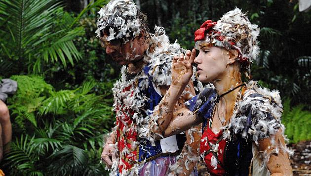 Die Dschungelprüfung setzt Angelina ordentlich zu. (Bild: RTL/Stefan Menne)