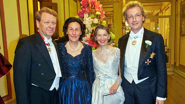 Thomas und Eva Angyan, Franz Welser-Möst und Frau Angelika (Bild: Starpix/Alexander Tuma)