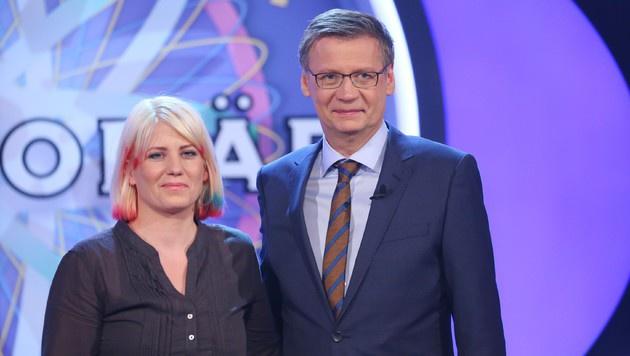 Die Wienerin Elisabteh Haas räumte bei Günther Jauch ab und durfte mit 125.000 Euro heimgehen. (Bild: Stefan Gregorowius/RTL)
