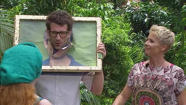 Daniel und Sonja erklären die Prüfung. (Bild: RTL/Stefan Menne)