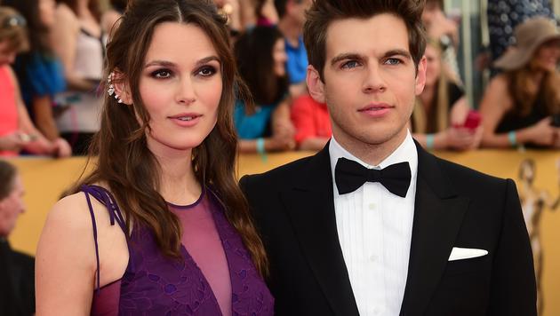 Keira Knightley und Ehemann James Righton (Bild: AP)