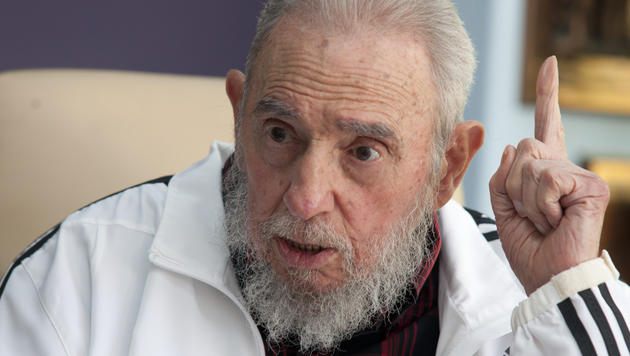 Fidel Castro im Juli 2014 (Bild: AP) - Der_zerbrochene_Traum_des_Fidel_Castro-Die_Krone_in_Kuba-Story-445754_630x356px_2c1c37720429f49e81353f92a8a18509__apa6218_tmp_jpg