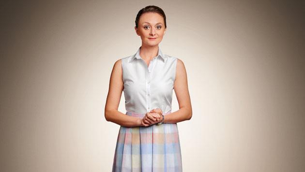 Maria Schneider (Gerti Drassl) ist Hausfrau und Mutter und will mehr. Mehr Sex. (Bild: ORF)