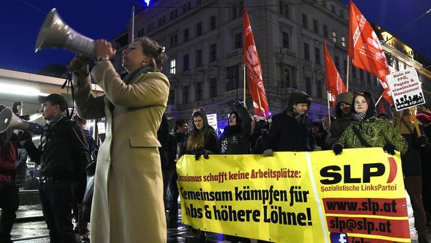 Alle Bilder der Protestaktionen in Wien (Bild: APA/HERBERT P.OCZERET)