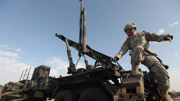 US-Artillerie im Nordirak gegen IS im Einsatz (Bild: ZIV KOREN/EPA/picturedesk.com)