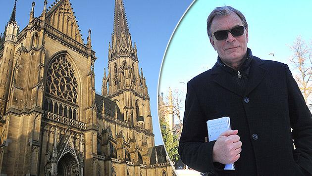 Wolfgang Lassy will das nächtliche Glockenläuten des Doms gerichtlich einstellen lassen. (Bild: Chris Koller, Horst Einöder)