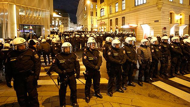 Pegida: Polizeieinsatz kostete 800.000 Euro (Bild: Reinhard Holl)