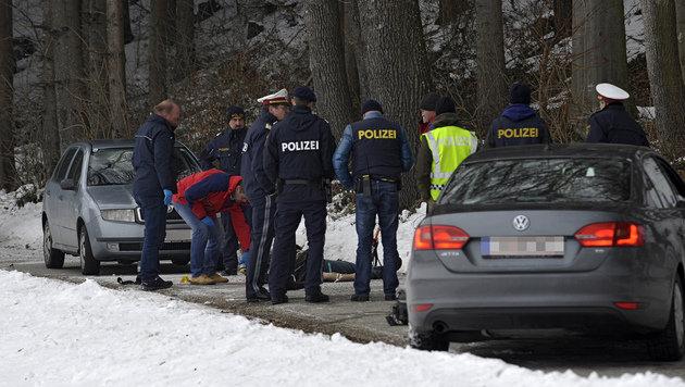53-jähriger Mann auf offener Straße erschossen (Bild: APA/MANFRED FESL)
