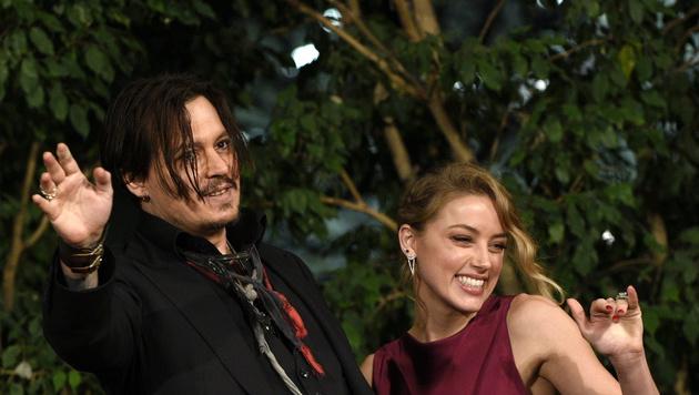 Johnny Depp und Amber Heard haben geheiratet (Bild: APA/EPA/FRANCK ROBICHON)