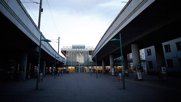 Die Wiener U6-Station Handelskai (Bild: APA/GEORG HOCHMUTH)