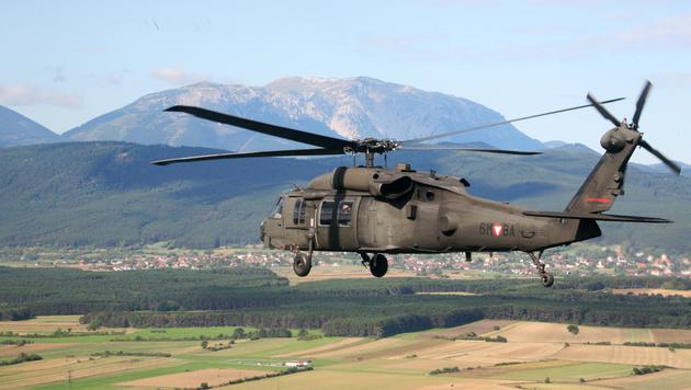Klug: Heeres-Hubschrauber für Cobra-Einsätze (Bild: Christoph Matzl)