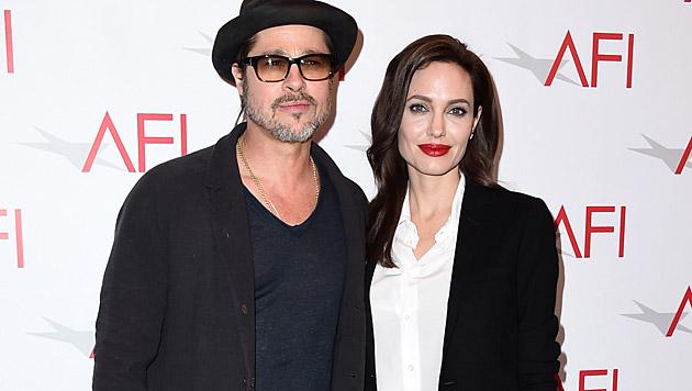 Angelina Jolie und Brad Pitt wollen angeblich erneut ein Kind adoptieren. (Bild: Jordan Strauss/Invision/AP)