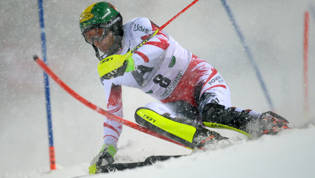 Mario Matt verletzt - Slalomstart offen (Bild: APA/ROLAND SCHLAGER)