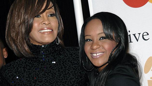 Whitney Houston und Tochter Bobbi Kristina Brown (Bild: AP)
