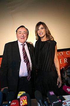 Elisabetta Canalis mit Richard Lugner (Bild: Starpix/Alexander TUMA)