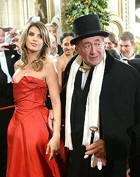 Elisabetta Canalis mit Richard Lugner (Bild: APA)