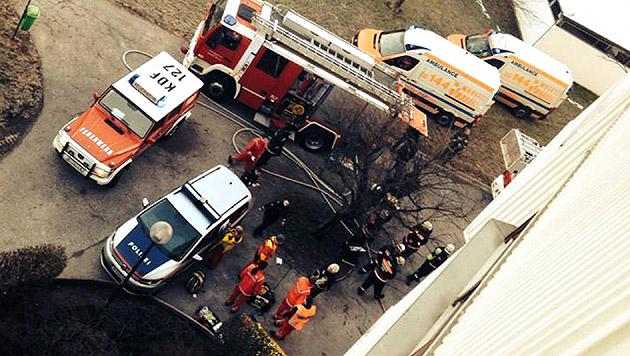 Kellerbrand in Wien fordert ein Todesopfer (Bild: APA/BERUFSRETTUNG WIEN MA 70/UNBEKANNT)