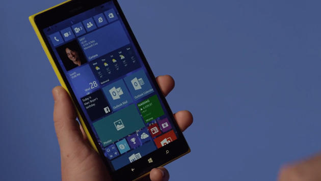 Windows 10: Erste Testversion für Smartphones (Bild: YouTube.com/Windows)