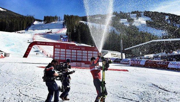 'Whooooo. Poppin' bottles', so feierte Ted Ligety seinen RTL-Triumph. (Bild: facebook.com/Ted Ligety)