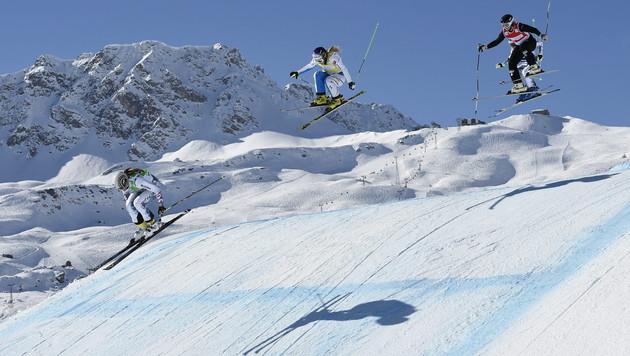 Limbacher im Ski-Cross wieder auf dem Stockerl (Bild: APA/EPA/GIAN EHRENZELLER)