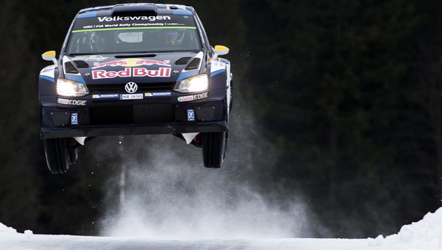 Sebastian Ogier gewinnt die WM-Rallye in Schweden! (Bild: APA/EPA/Nikos Mitsouras)