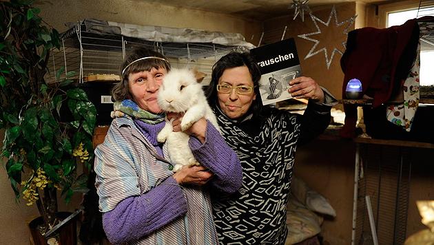 Tierischer Kampf um ihr Recht: Lucia W. (56) und Katrin B. (47) (Bild: Imre Antal)