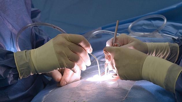Kahlschlag bei Wiener Spitalsärzten: 10% abgebaut (Bild: APA/Helmut Fohringer (Symbolbild))