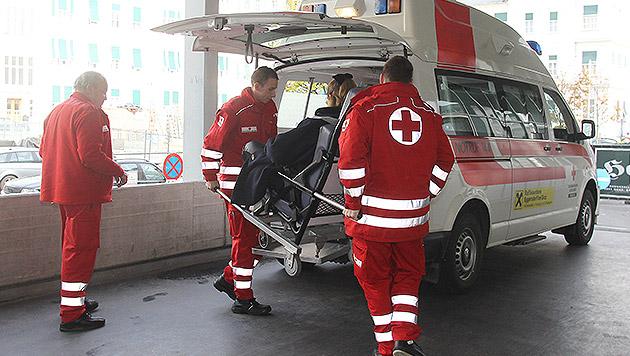Einen Krankentransport hat die Krankenkasse abgelehnt (Symbolbild) (Bild: Jürgen Radspieler)