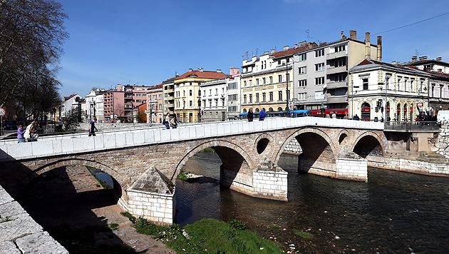 Sarajevo (Bild: APA/EPA/FEHIM DEMIR)