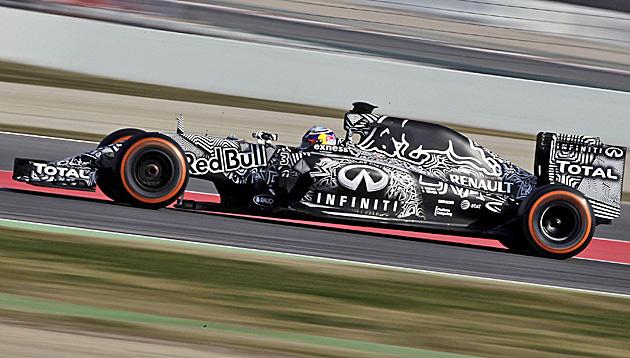 Ricciardo markiert Bestzeit an Tag 2 in Montmelo (Bild: APA/EPA/ALBERTO ESTEVEZ)