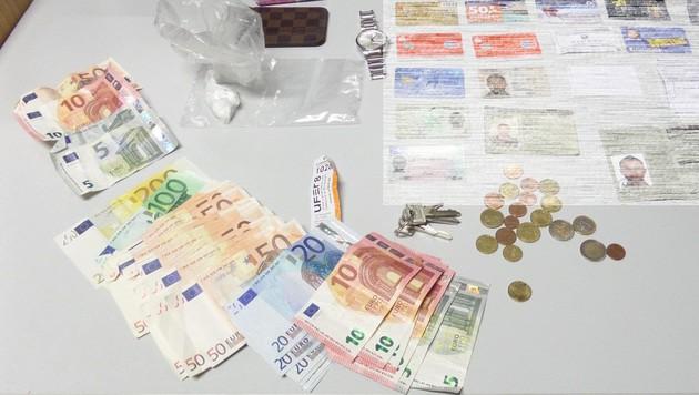 Auch Bargeld wurde bei den mutmßlichen Dealern gefunden. (Bild: Polizei)