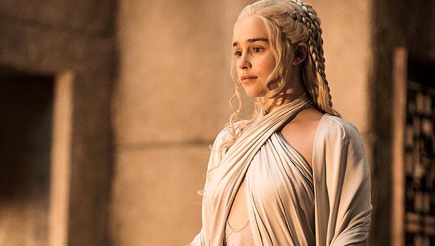 Emilia Clarke als Daenerys Targaryen (Bild: © © HBO/Helen Sloan)