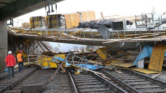 Nach Brückeneinsturz: Abbrucharbeiten beendet (Bild: Jürgen Radspieler)
